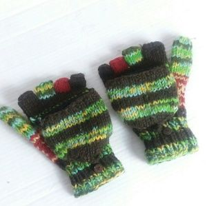 Authentic made in Nepal knit mitten gloves